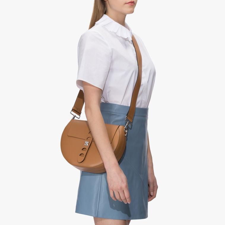 Kožená kabelka Coccinelle Carousel Calfskin With Single Shoulder ... 40f07b710e6