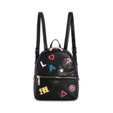 Kabelka batoh Guess Tabbi Logo Print Backpack